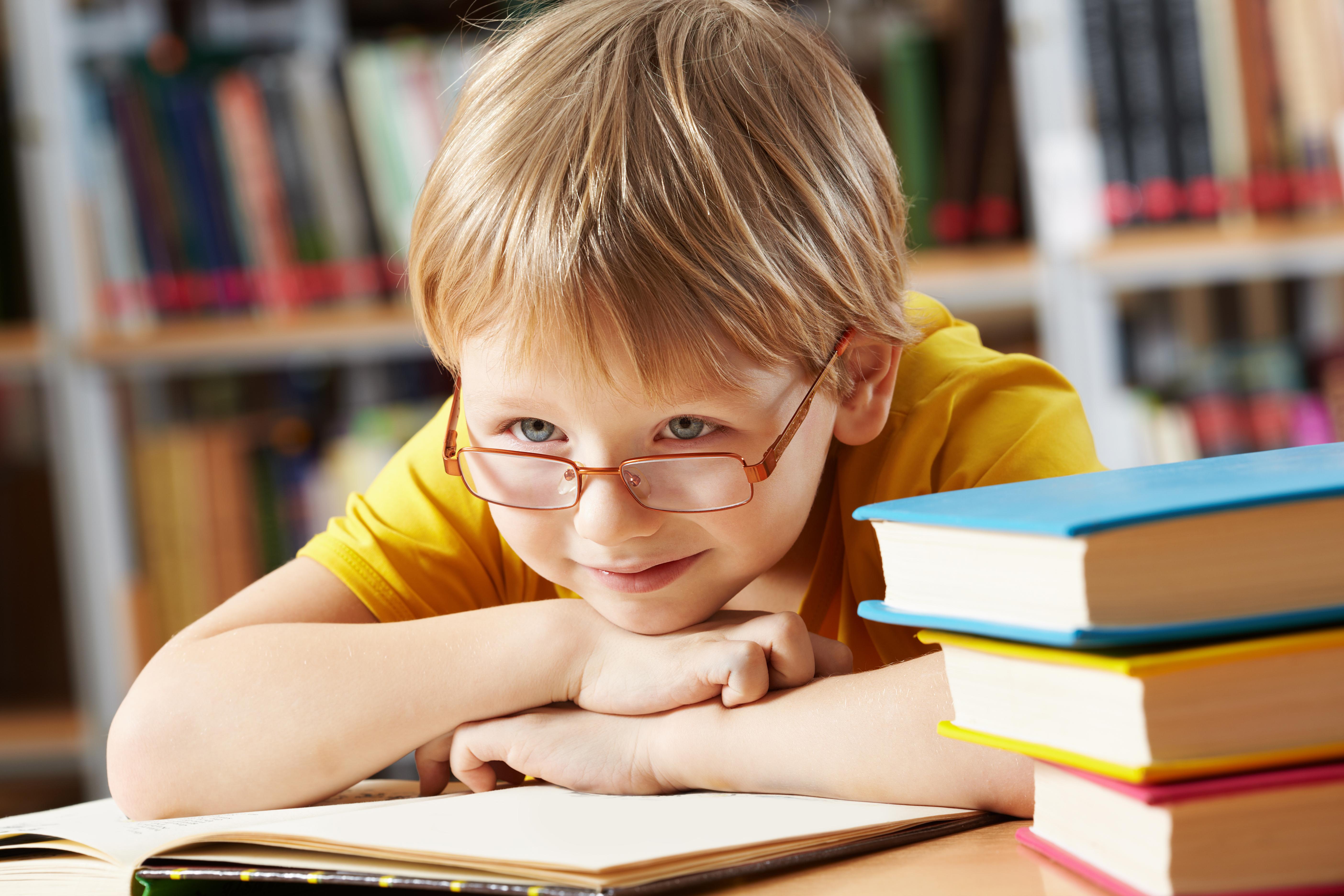 図書館の子ども